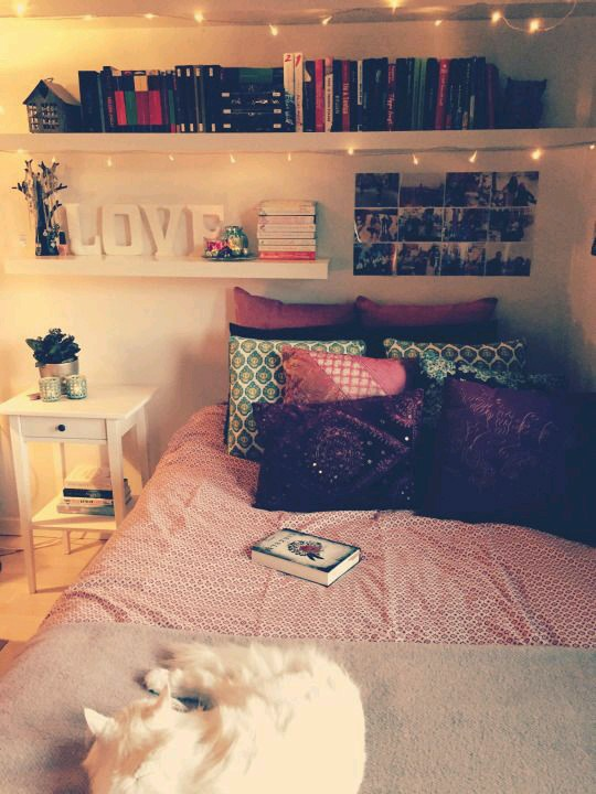Comfy lovely bedroom ideas for teen girls beautiful for Cosy teenage bedroom ideas