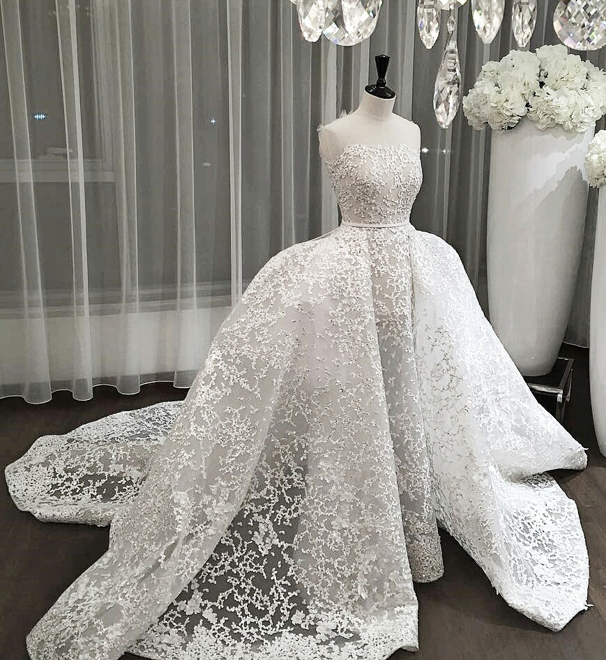 Original size of image 4266534 for Wedding dress arabic style