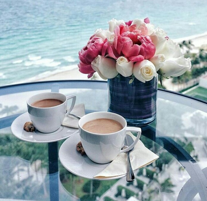 http://s14.favim.com/orig/160623/coffee-fashion-flower-life-Favim.com-4445819.jpeg